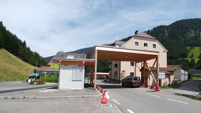 La frontière austro-italienne au col du Brenner