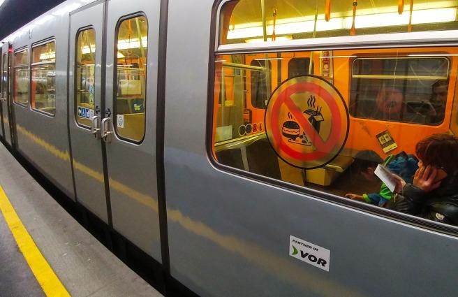 Interdiction de manger dans le métro viennois (Essverbot)